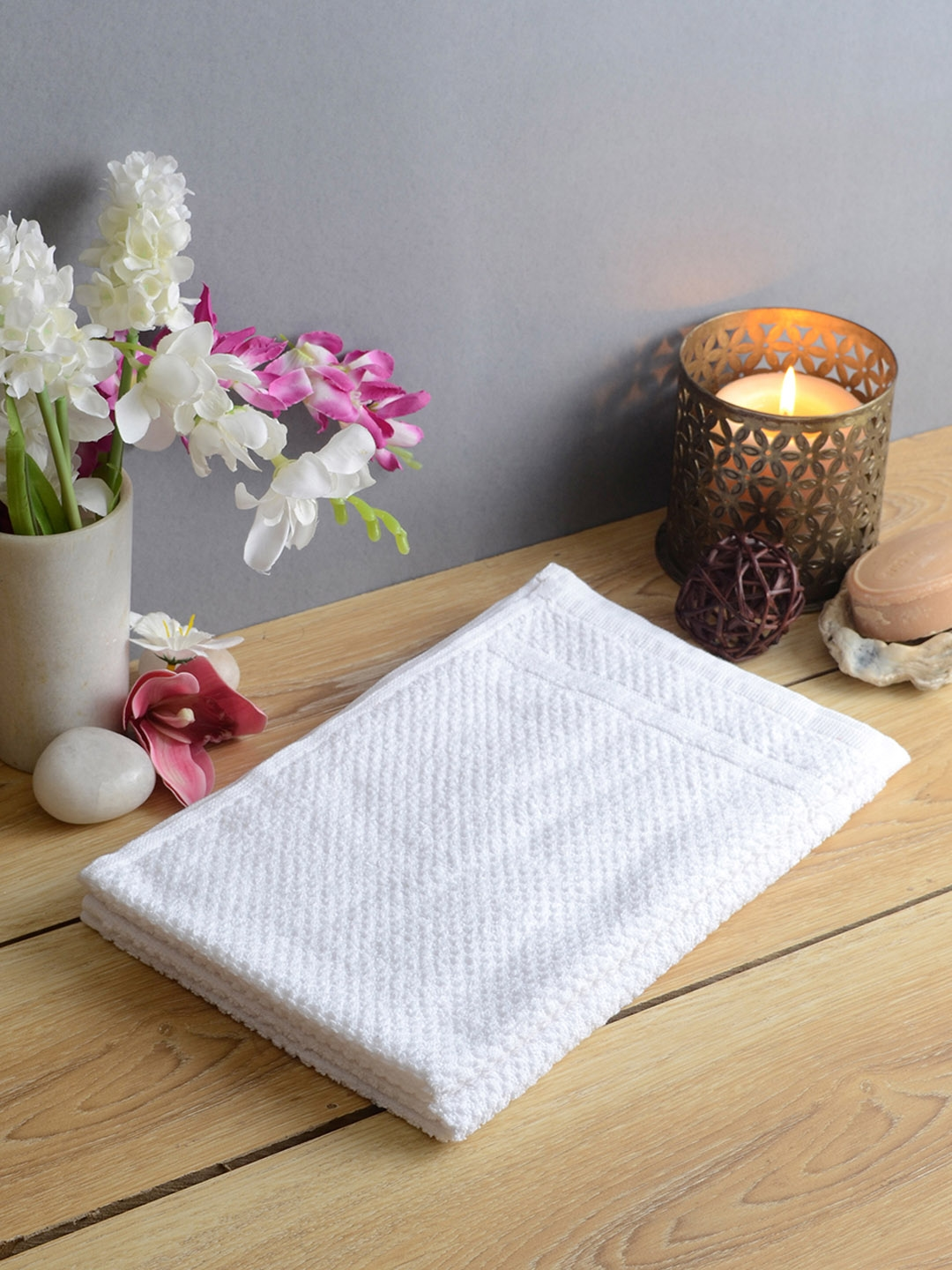 Softweave Pack of 2 White GSM 350 Hand Towels