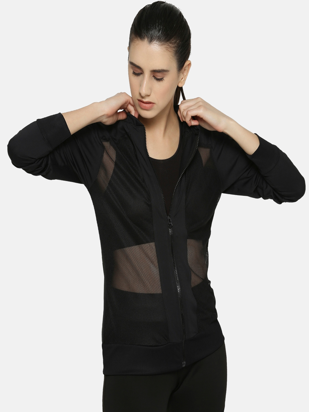 Campus Sutra Women Black Solid Sporty Jacket