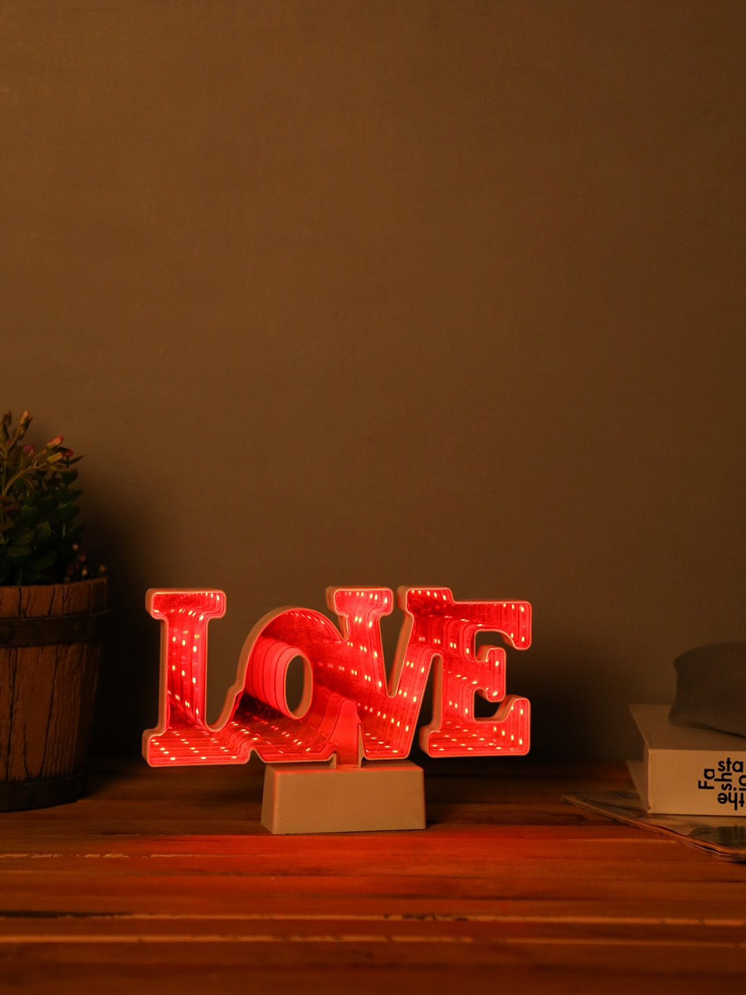 TAYHAA LOVE LED Lighting with Mirror