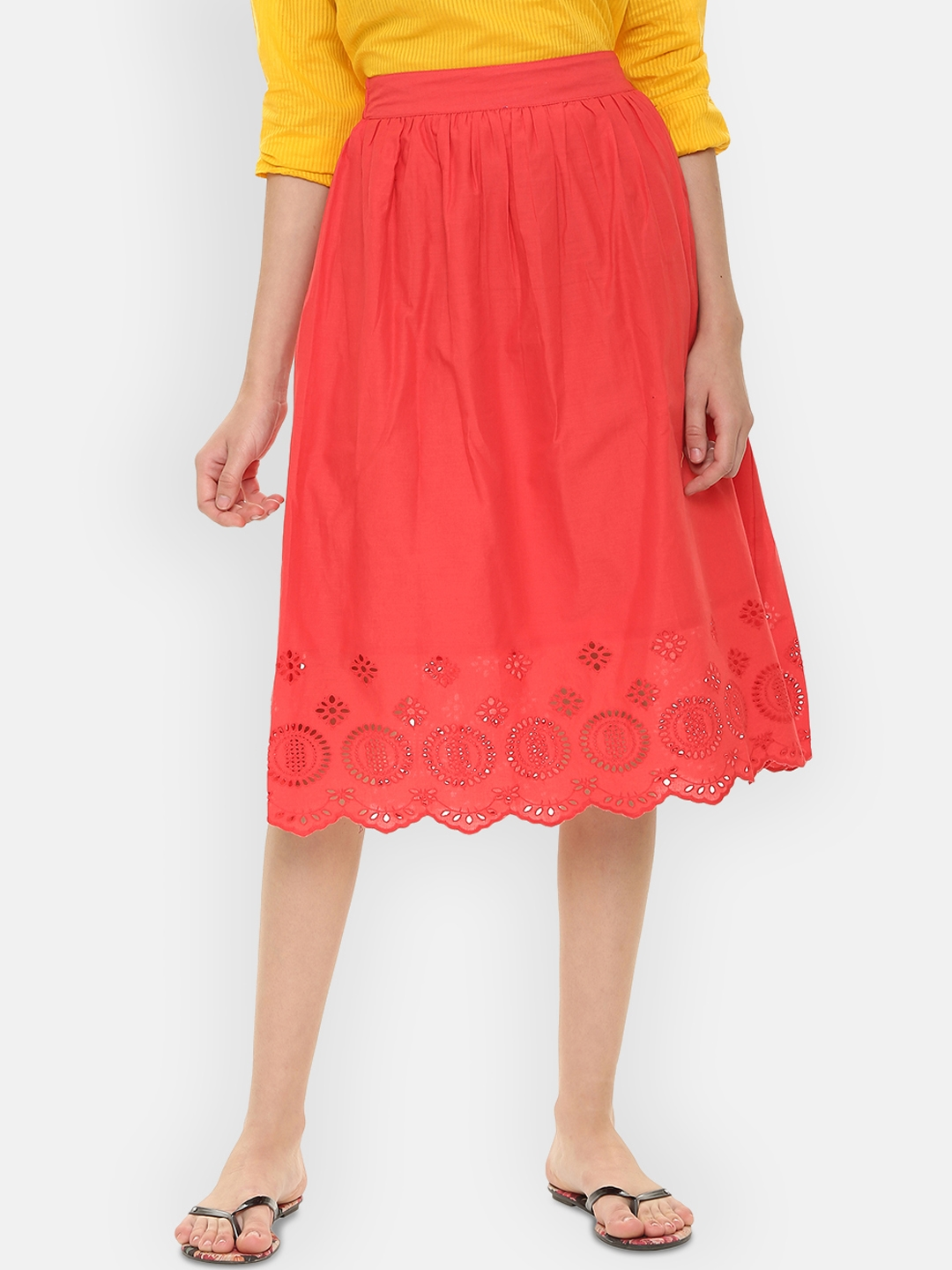 People Women Red Solid Skirt