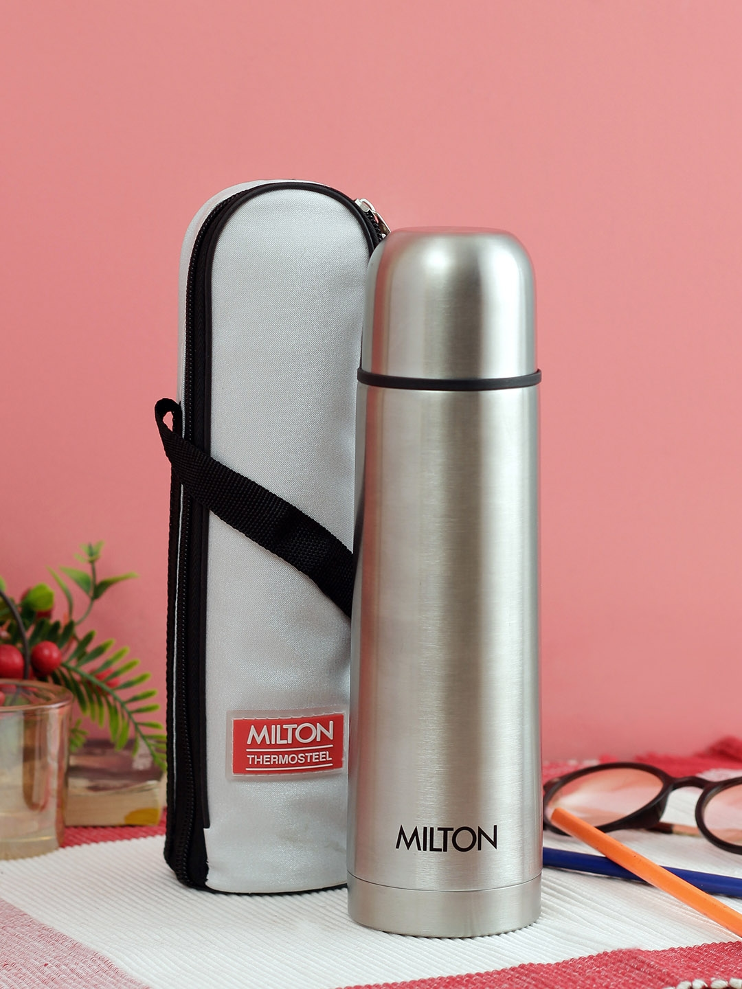 Milton Unisex Silver Toned Solid Thermosteel Flip Lid Water Bottle 1000 ml
