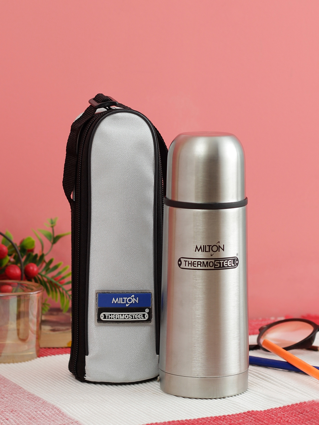 Milton Unisex Silver Toned Vacuum Flasks Thermosteel Flip Lid Water Bottle 500ml