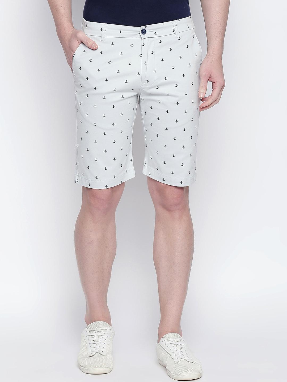 Basics Men White Printed Regular Fit Regular Shorts