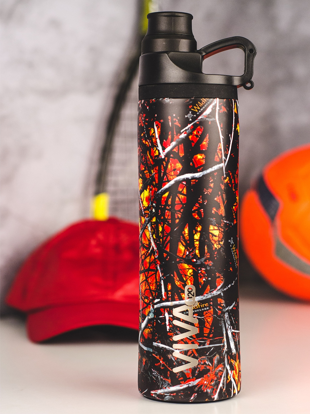 VIVA h2o Red   Black Printed Stainless Steel Vaccum Insulated Water Bottle 650 ml