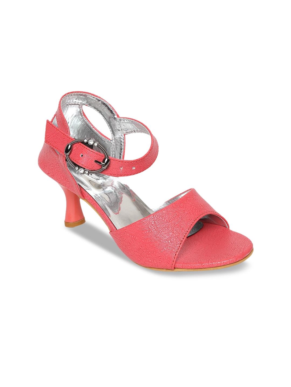LONDON STEPS Women Red Textured Kitten Heels
