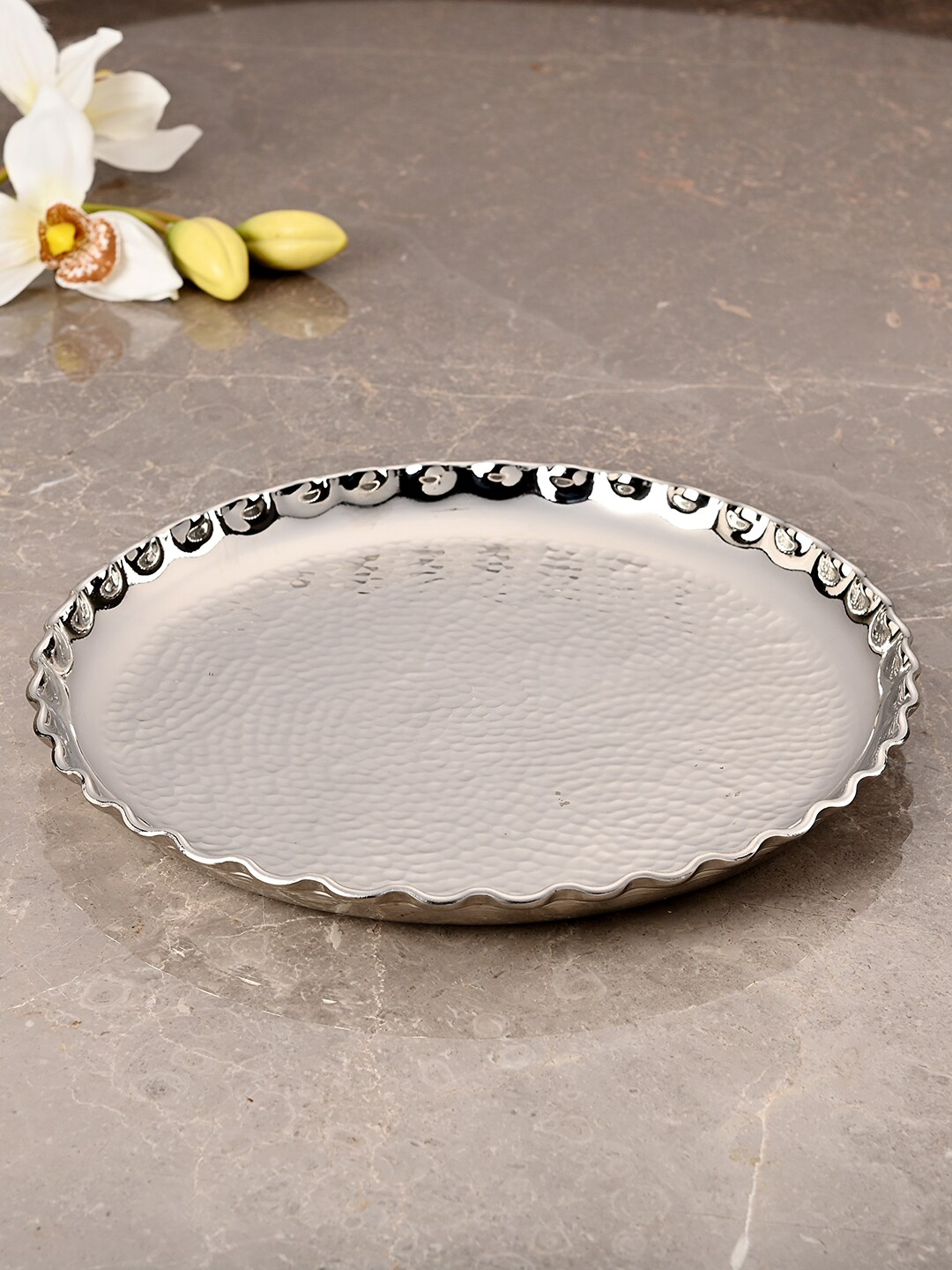 Pure Home and Living Silver Hammered Decorative Plate