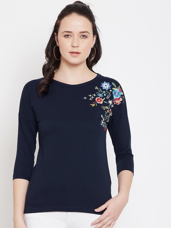 Hypernation Women Navy Blue Solid Round Neck T shirt