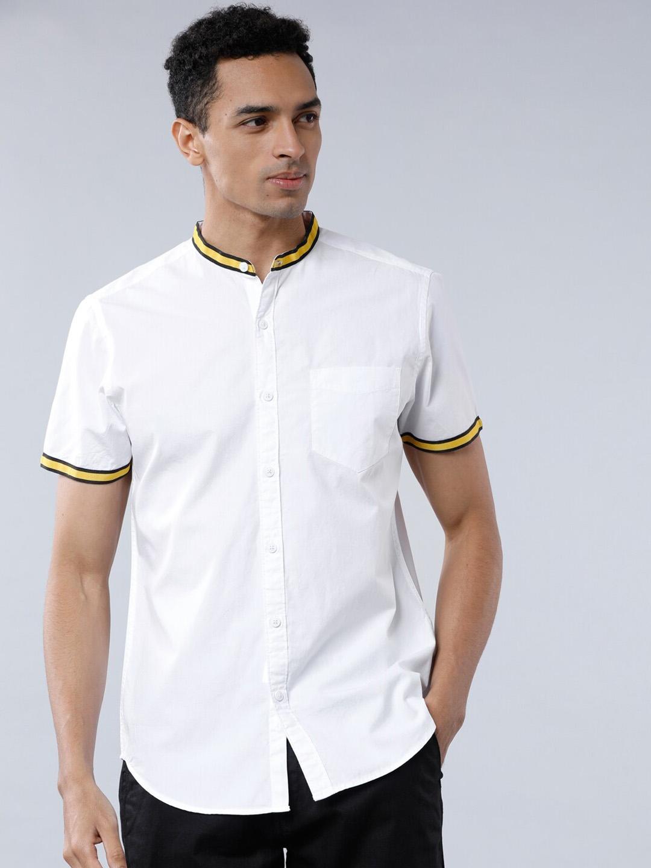 LOCOMOTIVE Men White Slim Fit Solid Casual Shirt