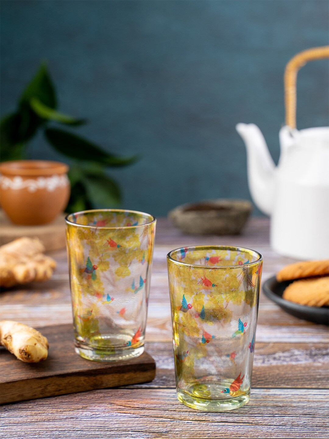 KOLOROBIA 2 Pieces Transparent   Yellow Gond Art Printed Glass Cups Sets