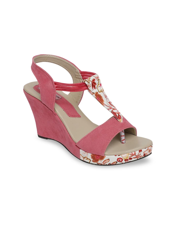 LONDON STEPS Women Pink Woven Design Wedges