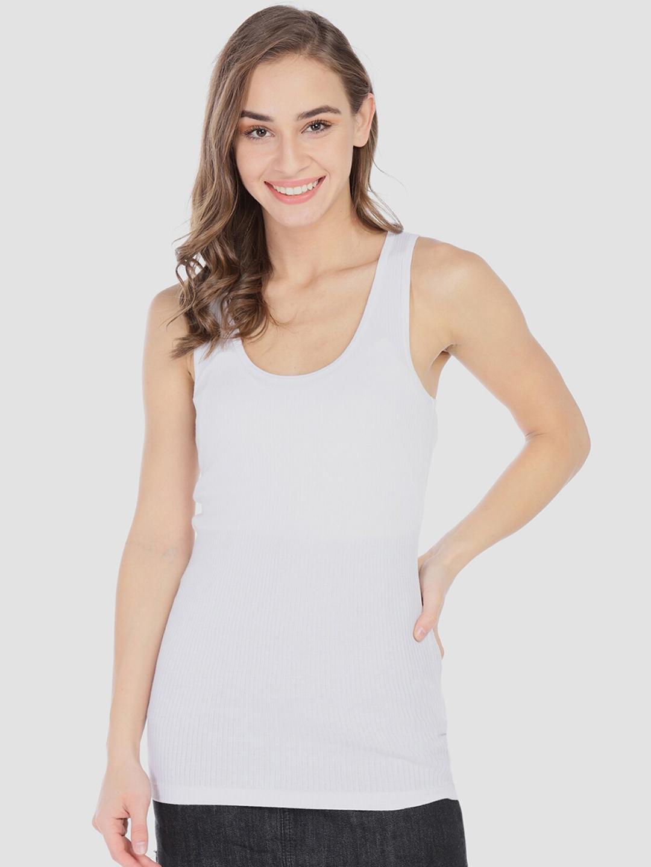 GAP Women White Solid Scoop Neck T shirt