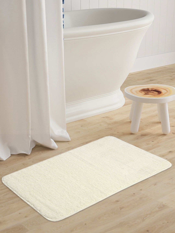 Saral Home Off White Solid Microfibre Anti Skid Bath Mat
