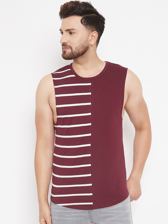 Hypernation Men Maroon   White Striped Round Neck T shirt