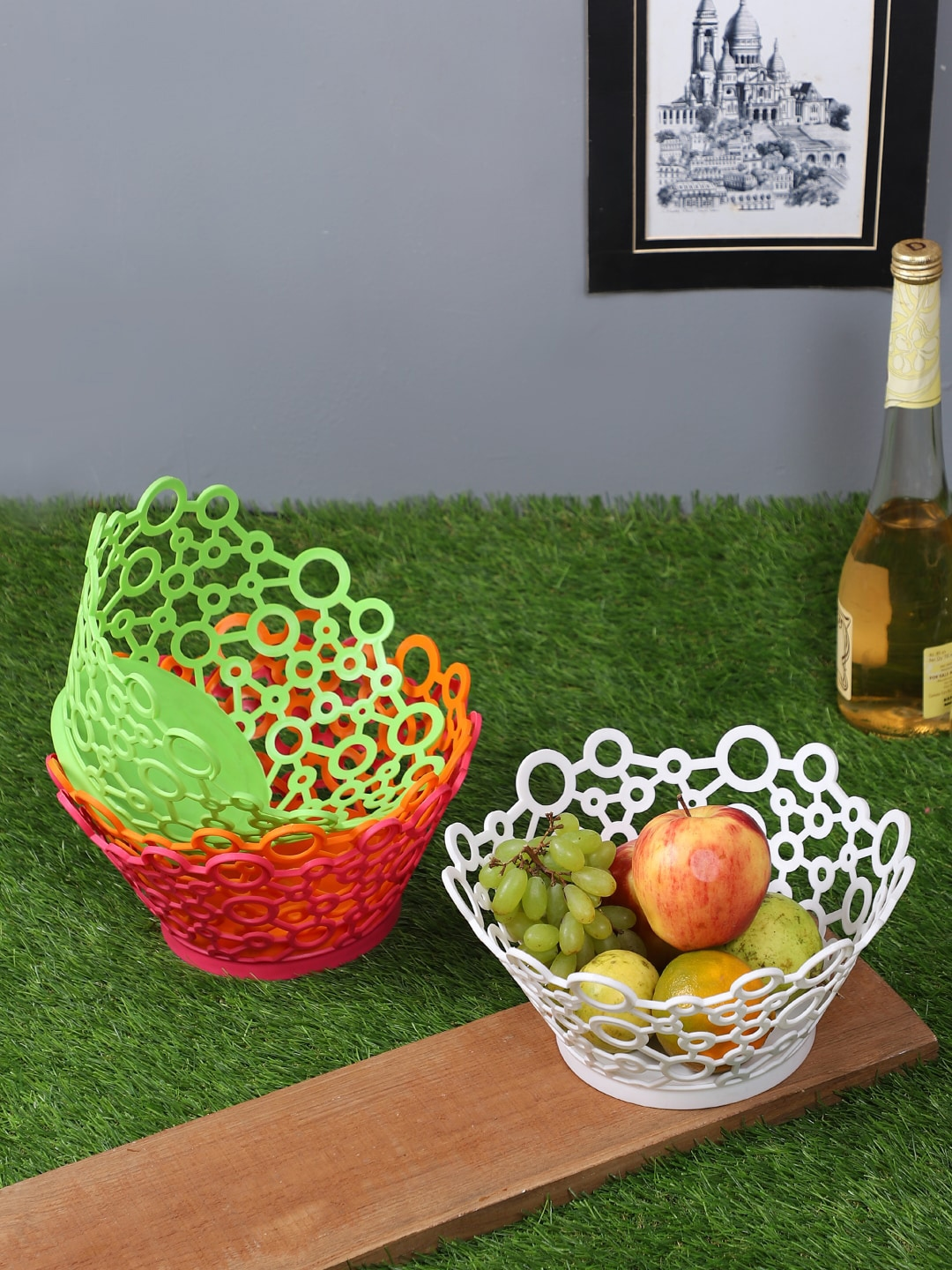 TIED RIBBONS Set Of 4 Textured Plastic Baskets