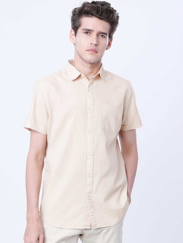 HIGHLANDER Men Beige Slim Fit Solid Casual Shirt
