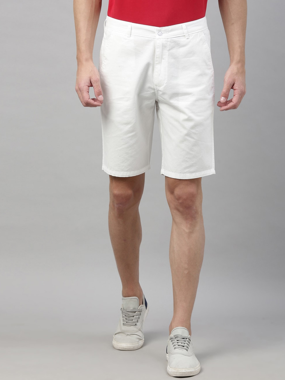 Bushirt Men White Solid Regular Fit Chino Shorts
