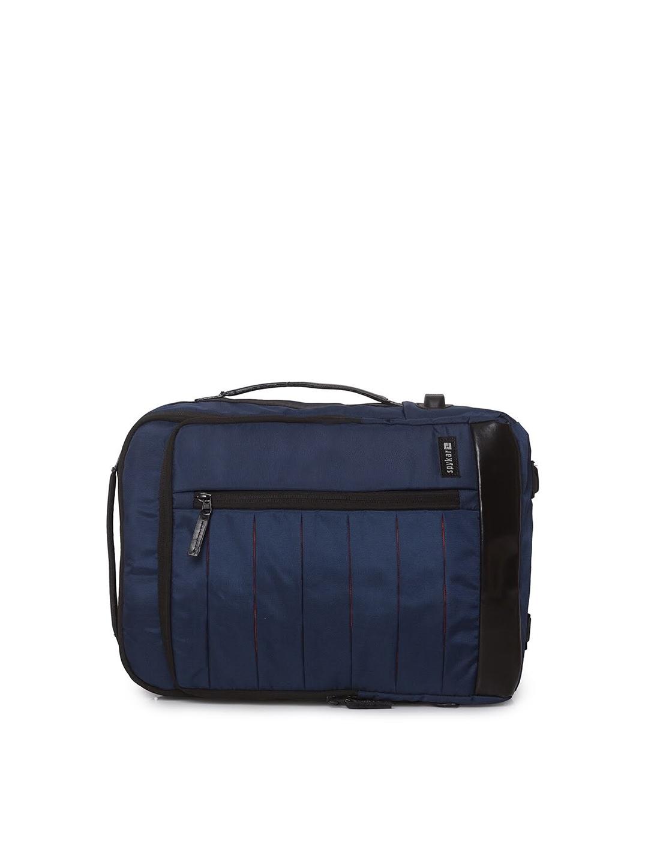 SPYKAR Men Blue   Black Solid 25L Backpack