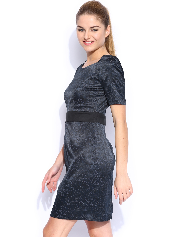 1e14c46e8c8e Buy Mast   Harbour Navy Printed Tiffany Tailored Dress - Dresses for ...