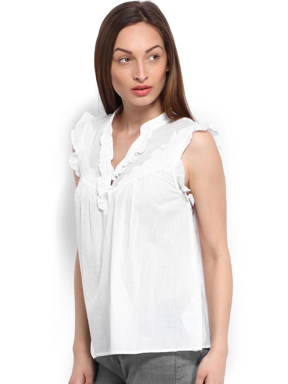 e7f84bfbc56 Buy Vero Moda Women White Lace Top - Tops for Women 313632 | Myntra
