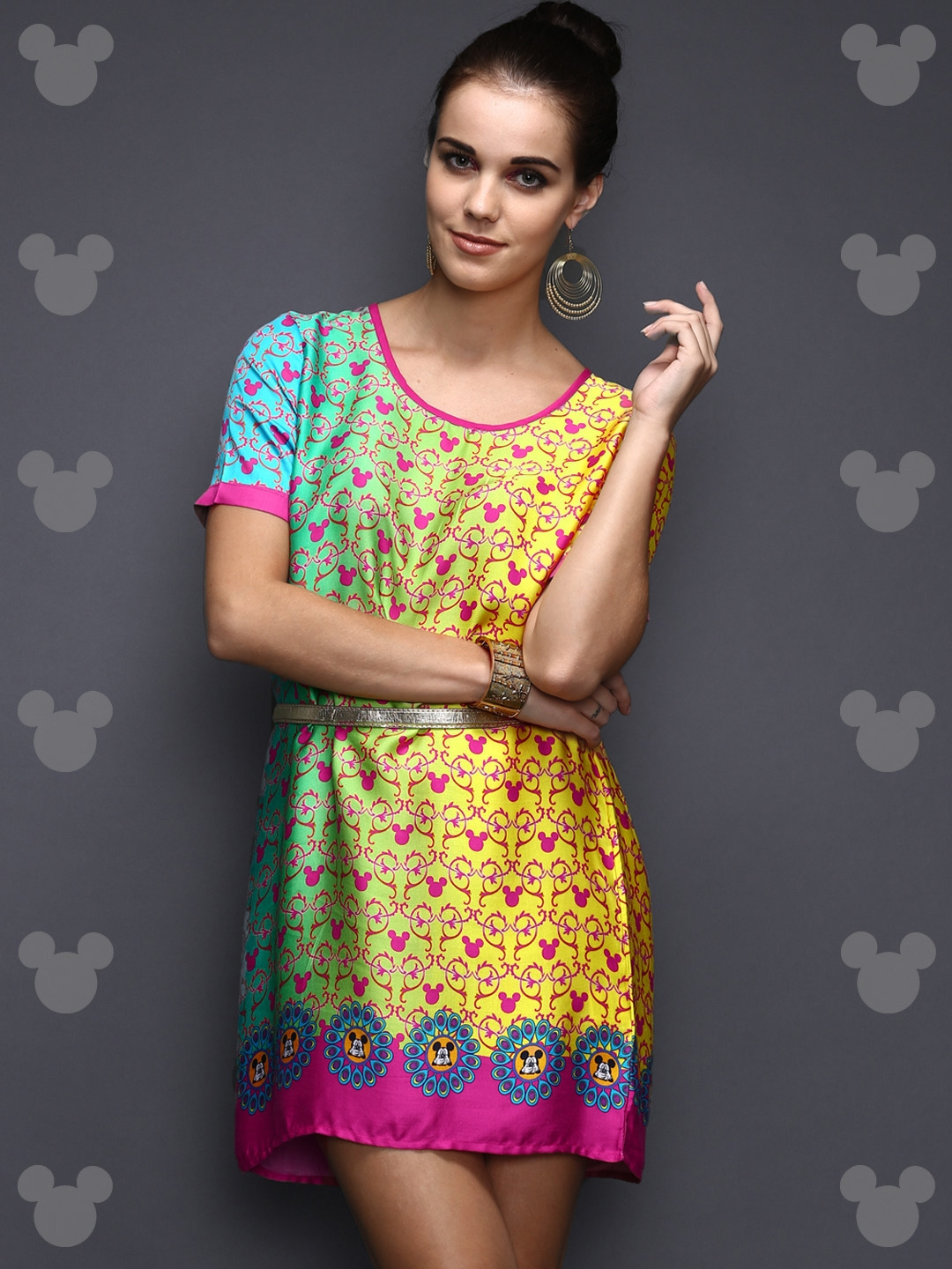 71083d4a85fc2c Disney by Anouk Women Blue & Yellow Ombre Dyed Digital Print Modal Satin  Tunic