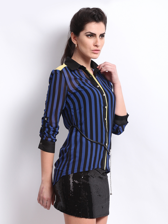 5c768289787d35 Blue Striped Shirt Black Jeans – DACC