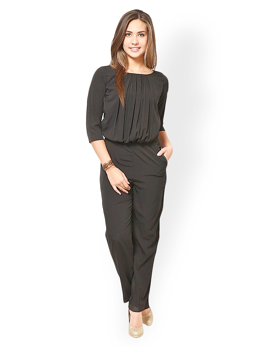 Bandage jumpsuits are perfect for the sexy woman who loves things fitted like a bodycon. Floral rompers are perfect for spring and summer time. A black bandage jumpsuit will slim your figure which we .