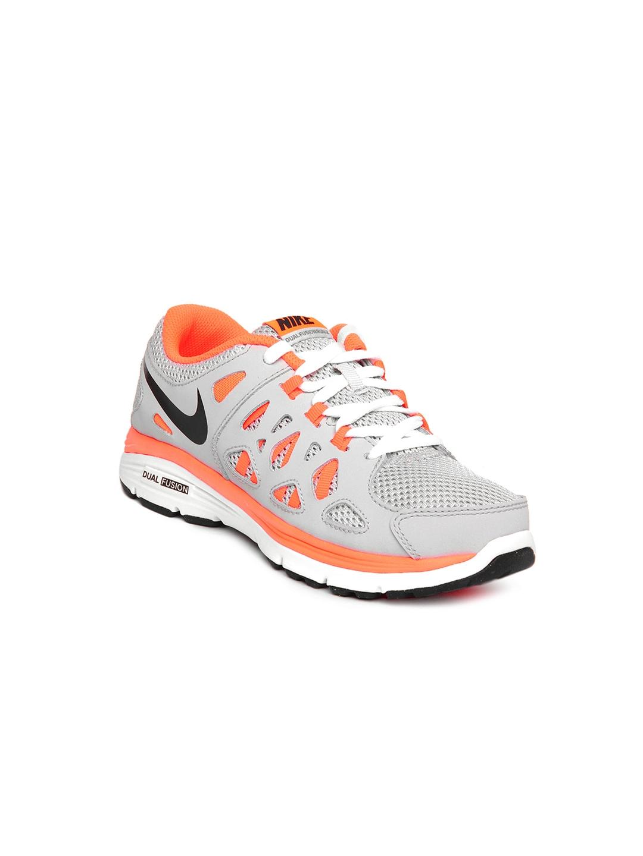 Rústico Pulido regla  Buy Nike Kids Unisex Grey & Neon Orange Dual Fusion Run 2 Sports Shoes -  Sports Shoes for Unisex Kids 172520   Myntra