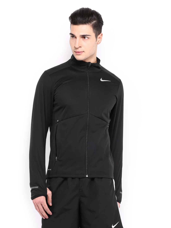 Nike element jacket men's - Rs 4995