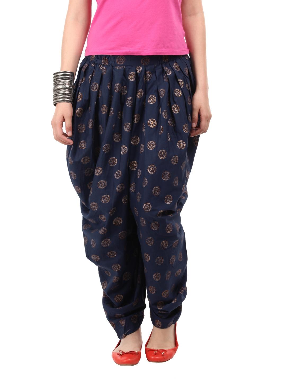 ChiangmaiThaiShop % Cotton Baggy Boho Aladin Yoga Harem Pants by Wynnthaishop Only 5 left in stock - order soon.