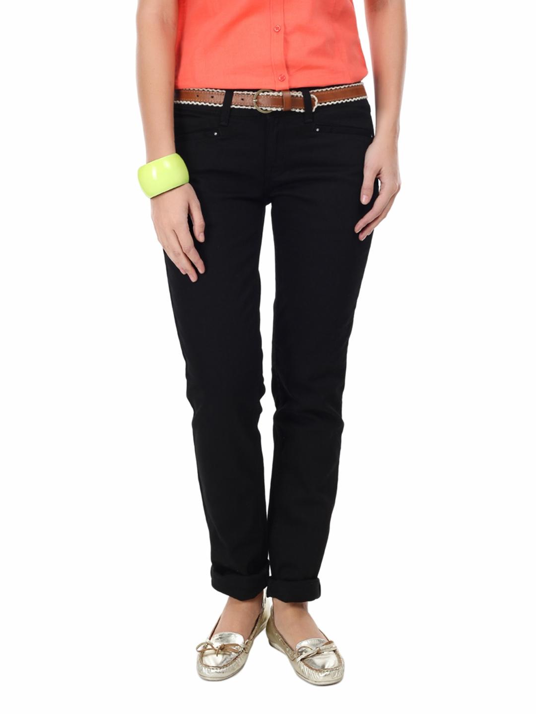 United Colors of Benetton Women Black Slim Fit Jeans