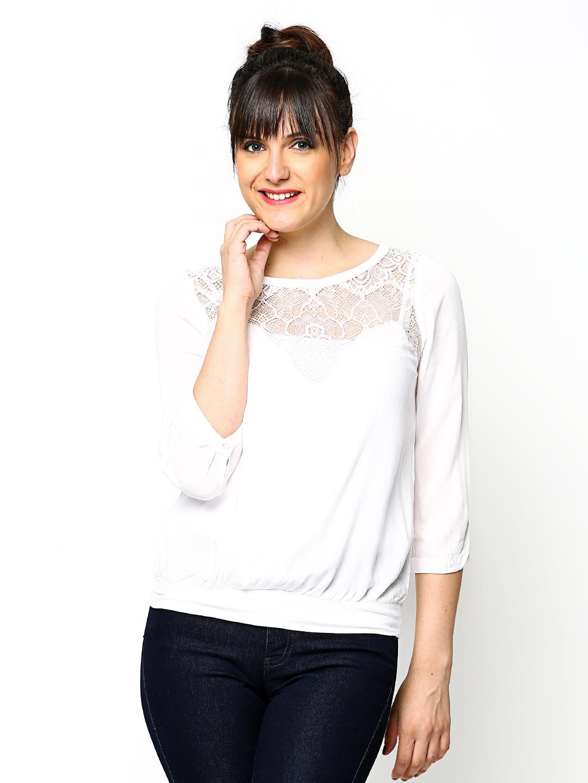 a2994f0f5381 Buy Vero Moda Women White Lace Top - Tops for Women 412076 | Myntra