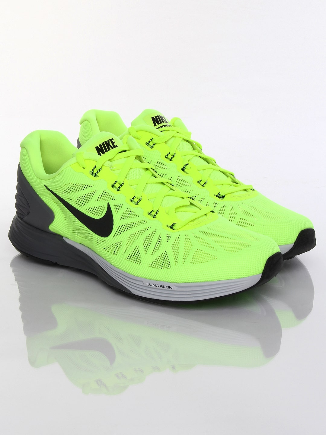 c1399e946c94e Nike 654433-700 Men Fluorescent Green Lunarglide 6 Sports Shoes- Price in  India