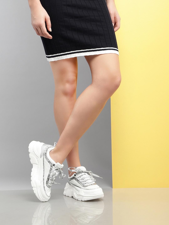 Women White & Silver Woven Design Sneakers