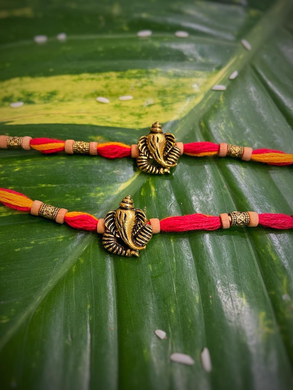 Pendant Mauli Rakhis Myntra