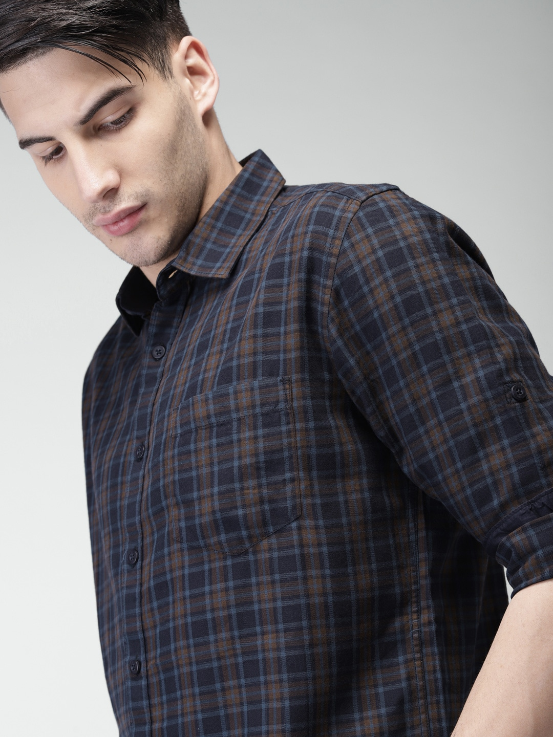 Men Navy and Brown Slim Fit Checked Casual Shirt