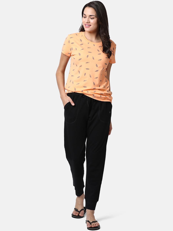 Girlistan - How To Look Good In Your Pyjamas?