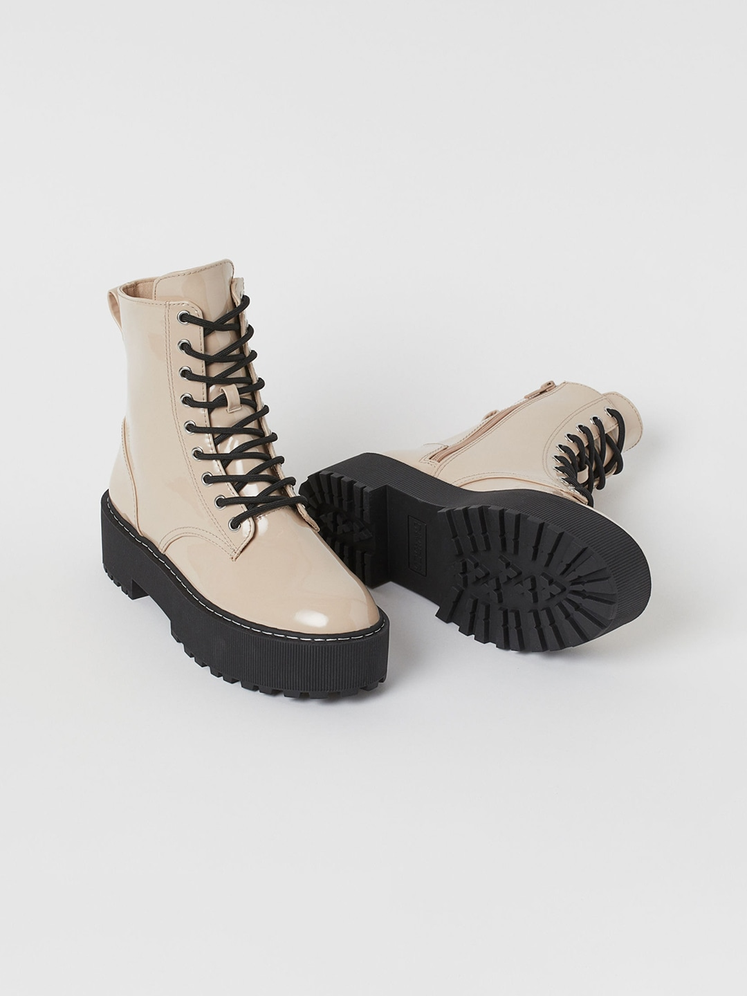 Best boots collection from Myntra