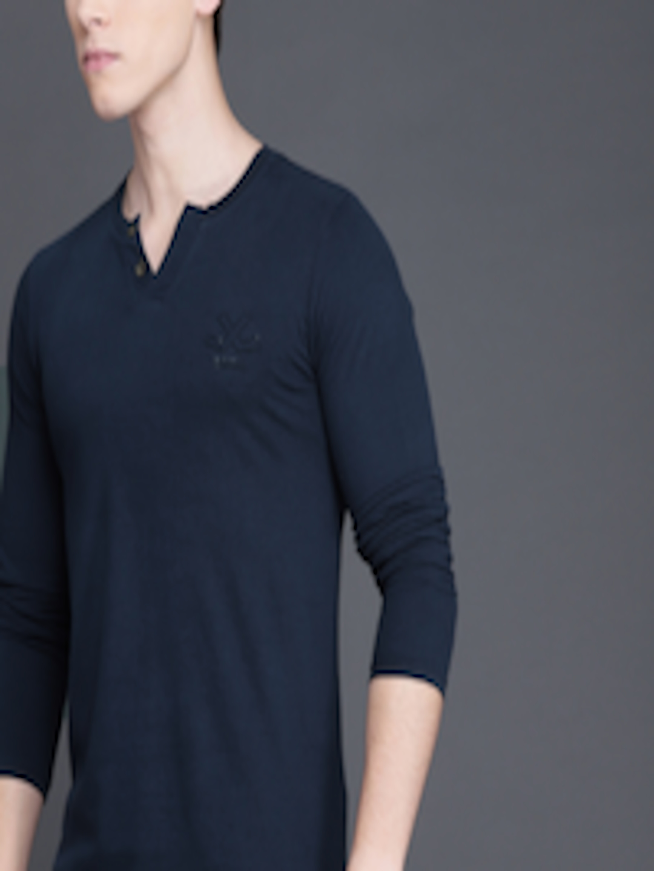 Men Cream & Navy Blue Striped Slim Fit Henley Neck T Shirt by Wrogn