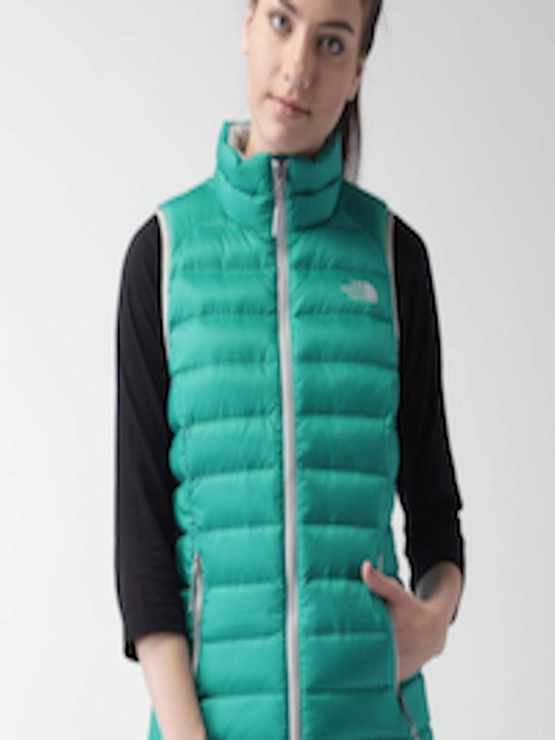 287a5cc4be19 Buy The North Face Green Manchuria AP Sleeveless Padded Outdoor Jacket -  Jackets for Women 1128959