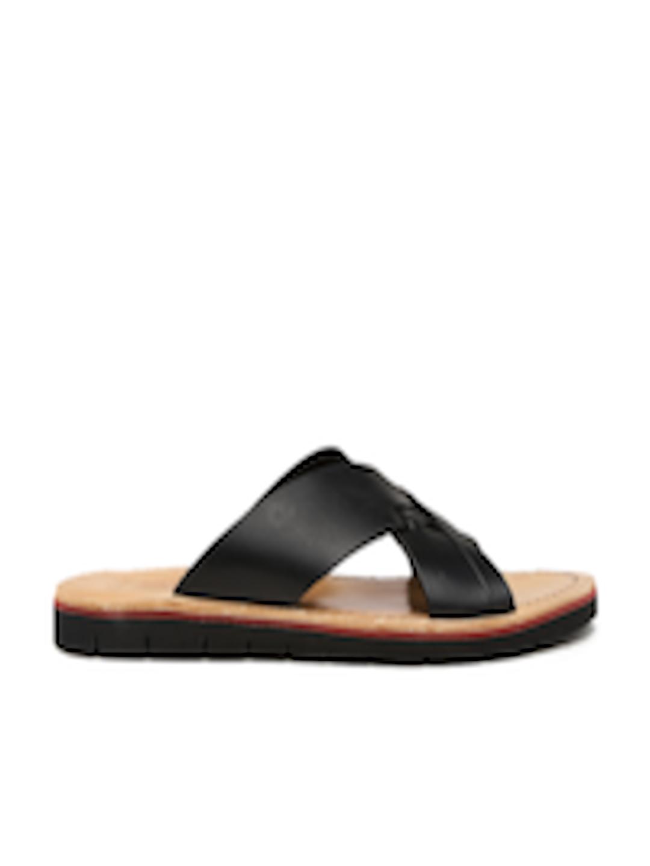 448e4fd07581 Buy Clarks Men Black Pennard Cross Leather Sandals - Sandals for Men  1497796