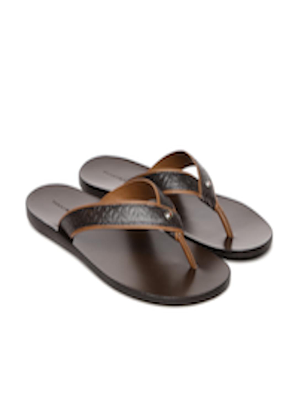 0c9ecebece0 Buy Tommy Hilfiger Men Brown Textured Leather Sandals - Sandals for Men  1883433