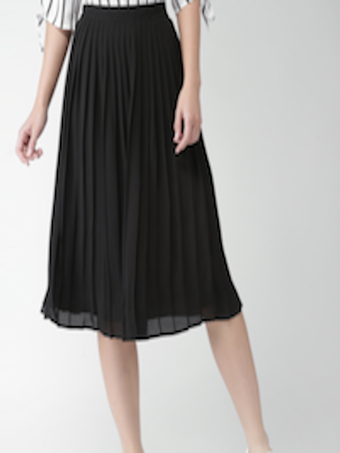 70b61b612c Buy FOREVER 21 Black Midi Flared Skirt With Accordion Pleats - Skirts for  Women 1906395