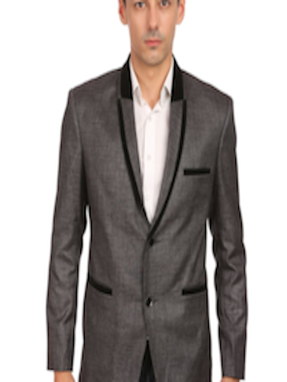 Compra moderno traje de ajuste online al por mayor de