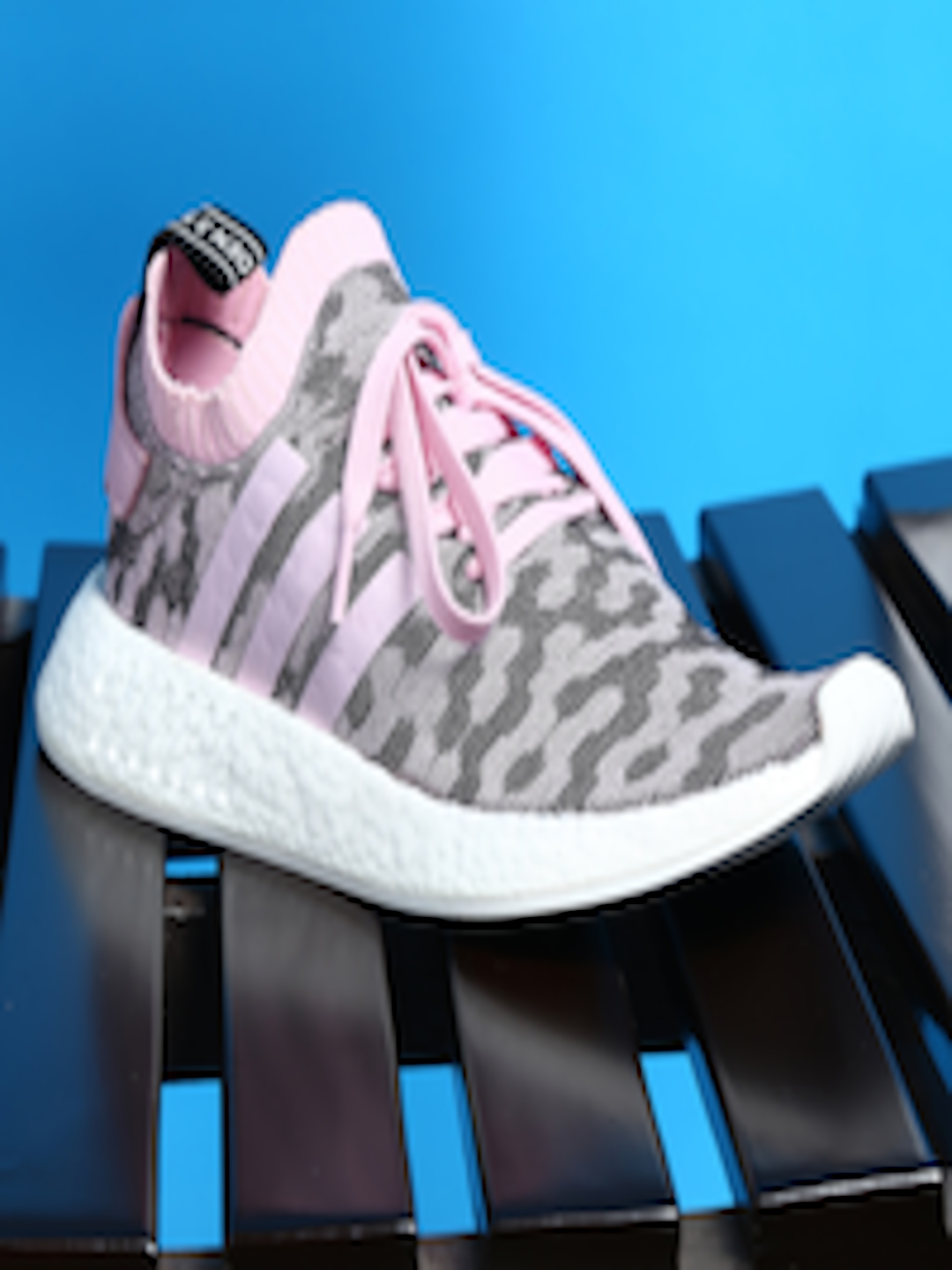 buy popular 4fd12 ea7be Buy ADIDAS Originals Women Black   Pink NMD R2 Sneakers - Casual Shoes for  Women 1995331   Myntra