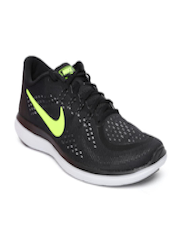 5b71dd89353d Buy Nike Men Black FLEX 2017 RN Running Shoes - Sports Shoes for Men  2314838