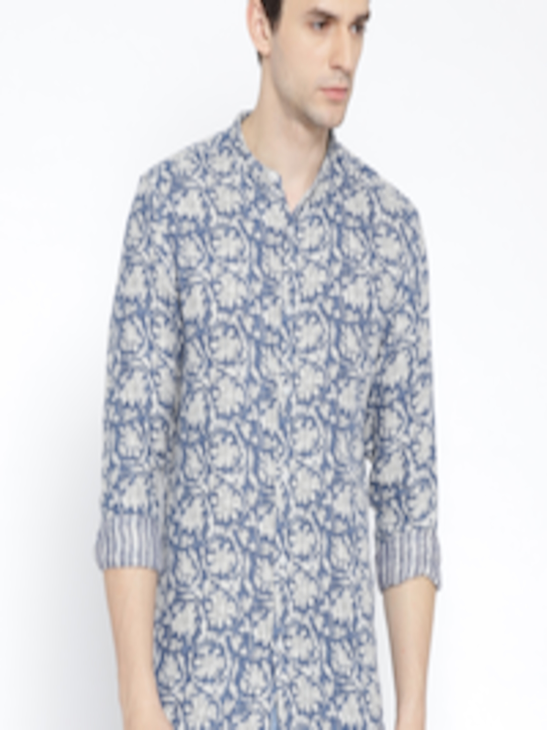 Guy in a floral shirt jacking off