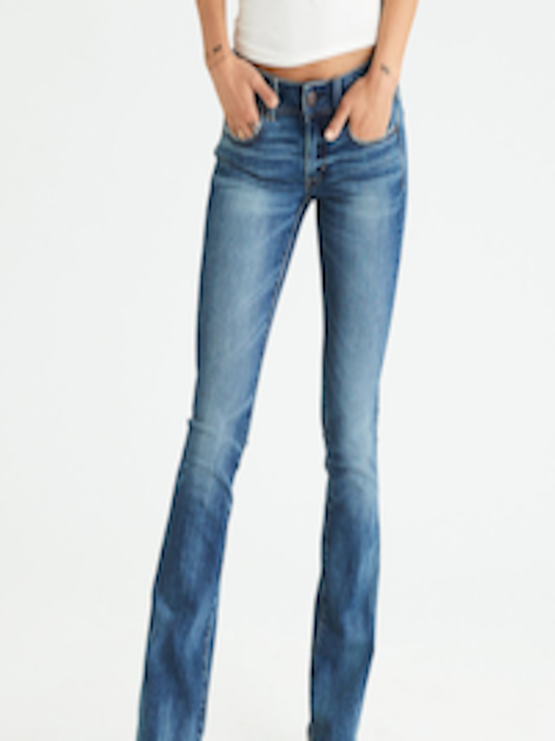 5f4679d0 AMERICAN EAGLE OUTFITTERS Women Blue Bootcut Mid-Rise Clean Look  Stretchable Jeans