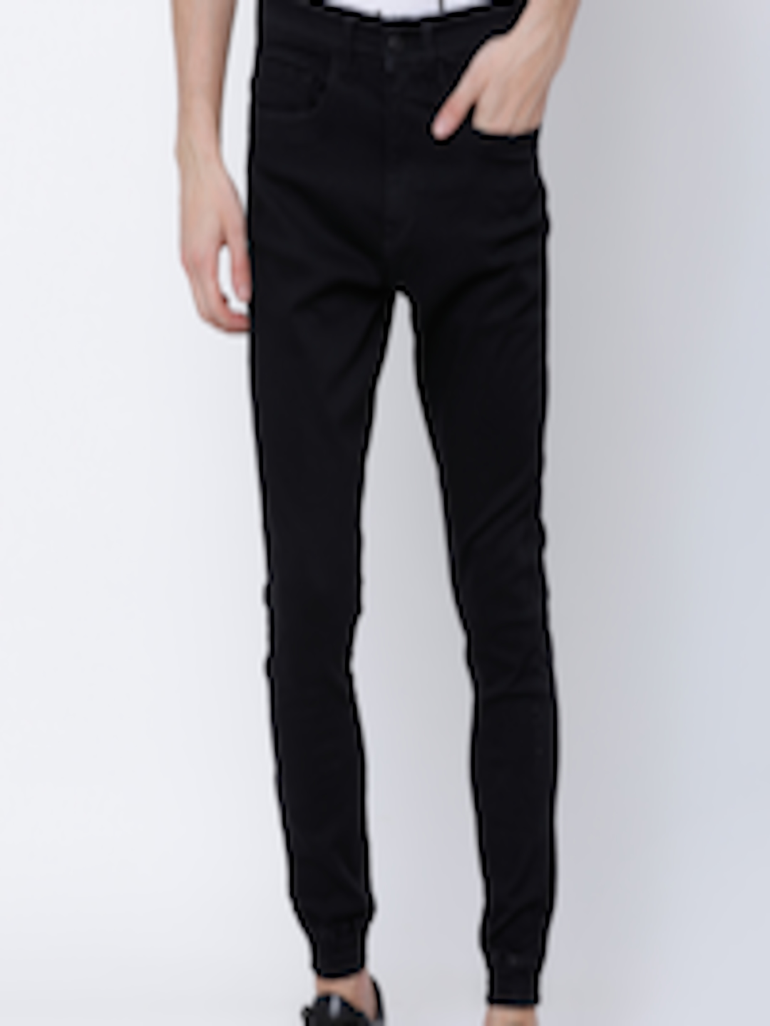 Men Black Jogger Mid-Rise Clean Look Stretchable Jeans