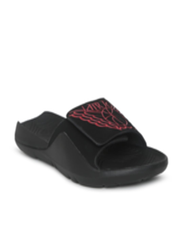 bc47fc5b684 Buy Nike Men Black JORDAN HYDRO 7 Solid Sliders - Flip Flops for Men  6676847 | Myntra