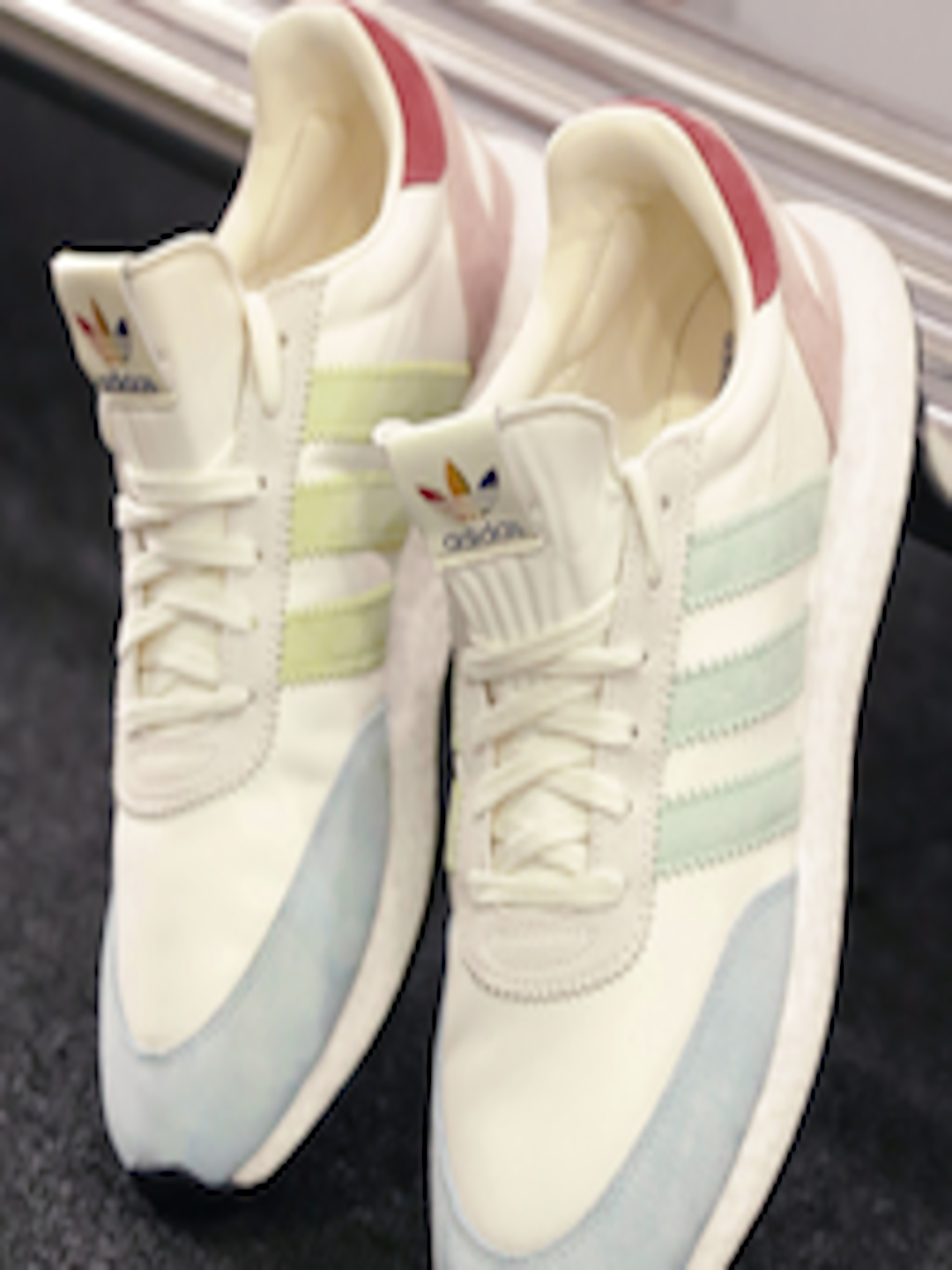 the best attitude fb2dd bcc4d ADIDAS Originals Men Off-White   Blue I-5923 Pride Sneakers